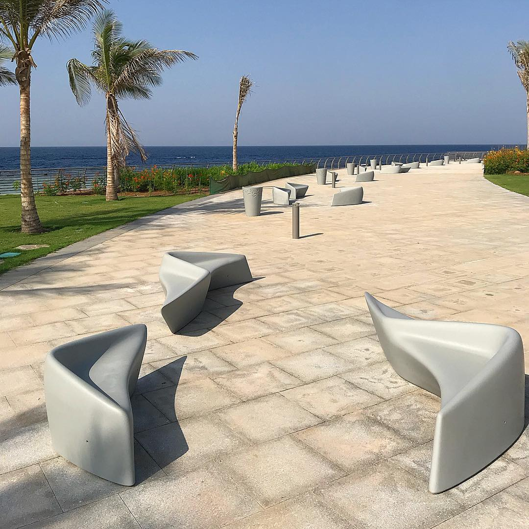 CL Double Seat design by Zaha Hadid Design